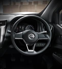 05-steering-wheel-01-1600x1800.jpg