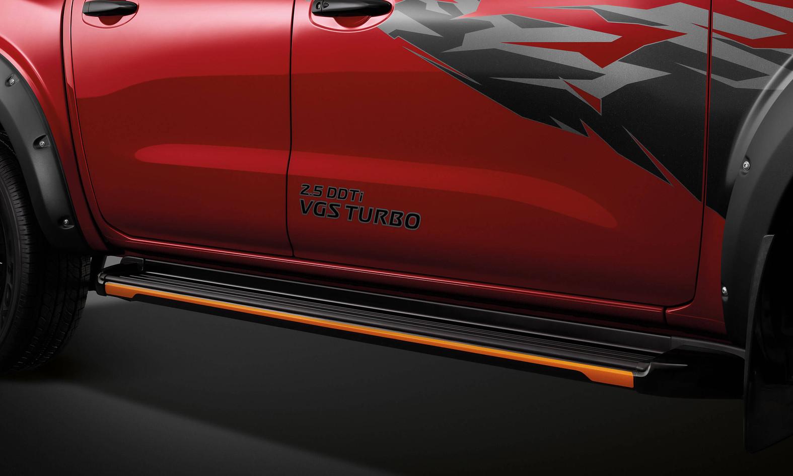 Nissan-Navara-DC-3000x1800-04.jpg