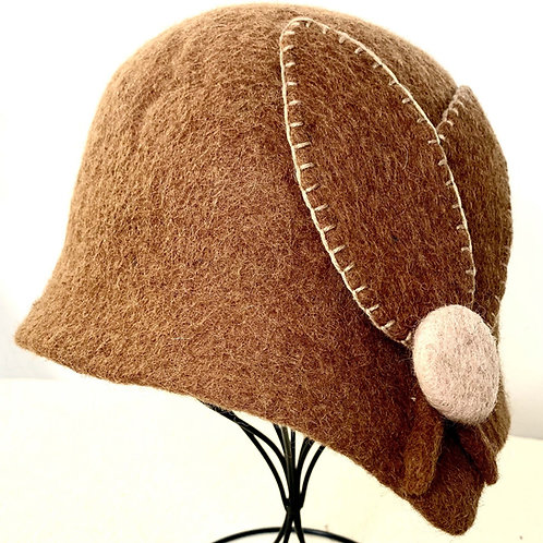 Brown Cloche with Button (Hat O)