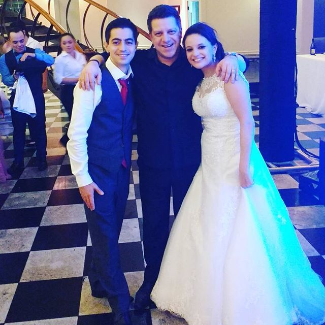 Um grande orgulho em fazer a festa deste incrível casal Dany e Hugo !! Parabéns !! #assessoriamarcos