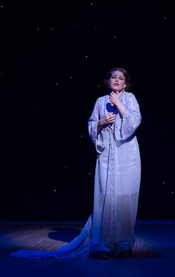 Janet, robe look