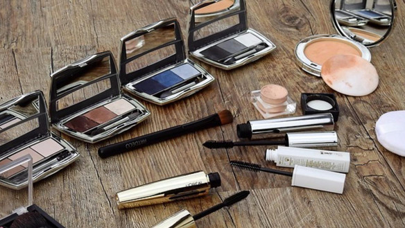 Cosmetics and Contact Skin Allergies