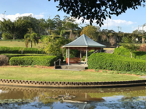 Underwood Park gardens