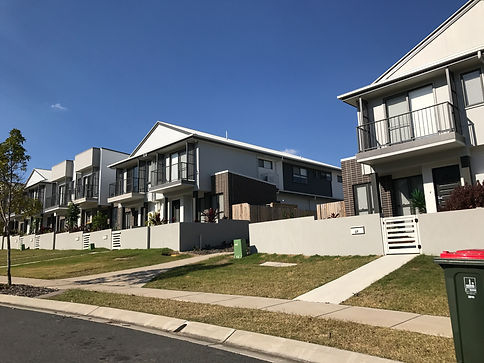 Town houses at Rochedale Estates