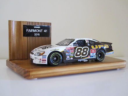 Fairmont 41 Trophy 2105