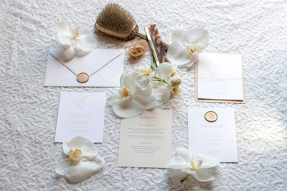 Schlosshochzeit Papeterie und Braut Accessoires