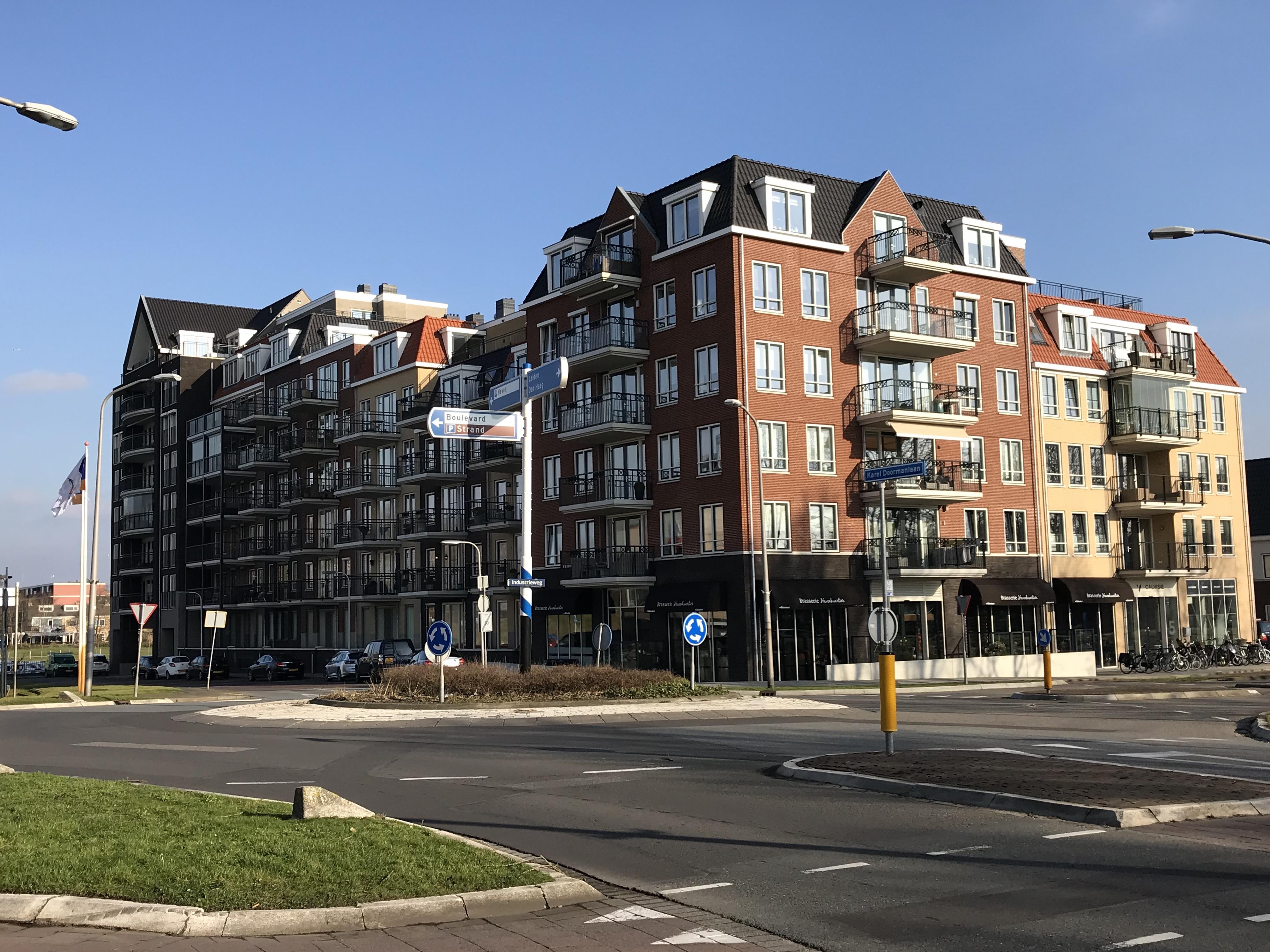 Appartementen en commerciele ruimten, Katwijk