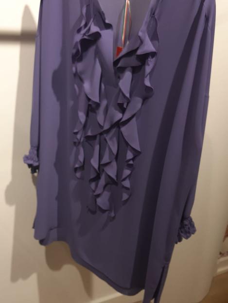 Roeselblouse van Only m. kleur lila. maat 44. €50