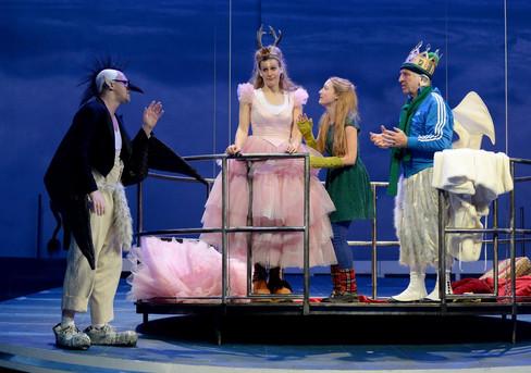 Die Schneekönigin - Burgtheater Wien