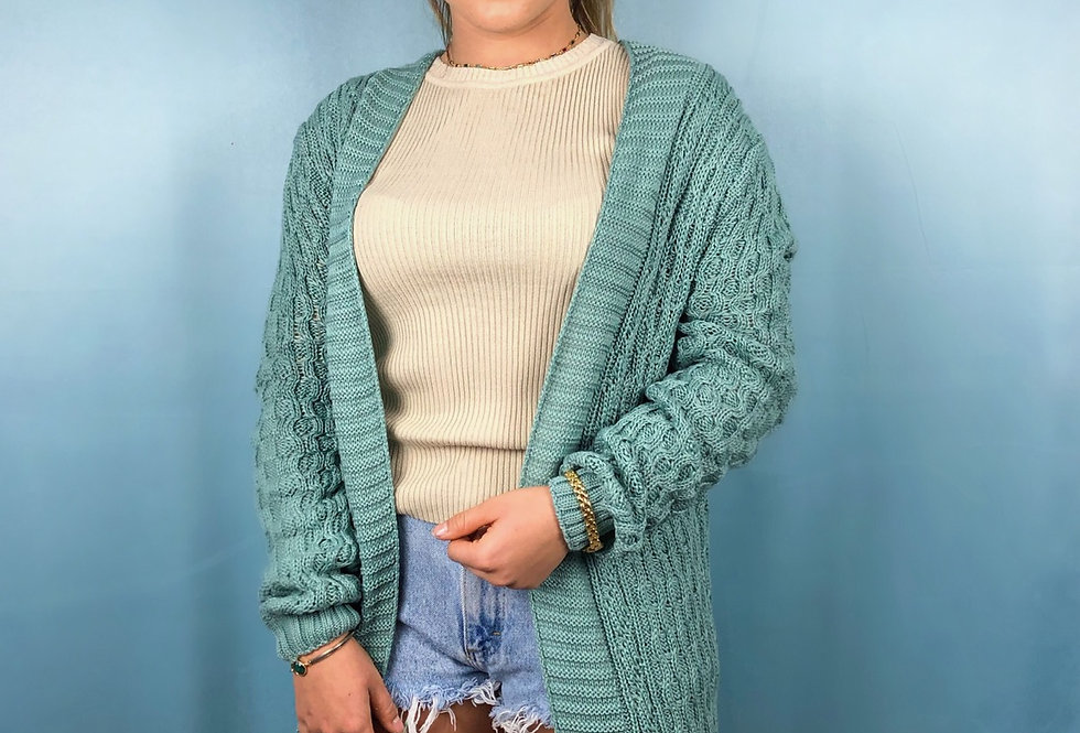 Cardigan de tricot aberto