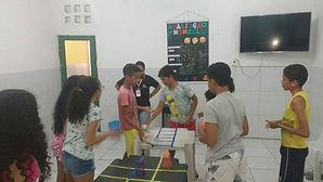 Fortalecimento de Vínculos através de brincadeiras que envolvam o trabalho em equipe.