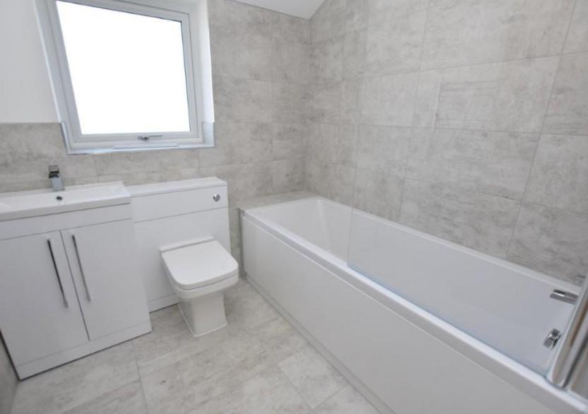 Telscombe Road Bathroom 1.png