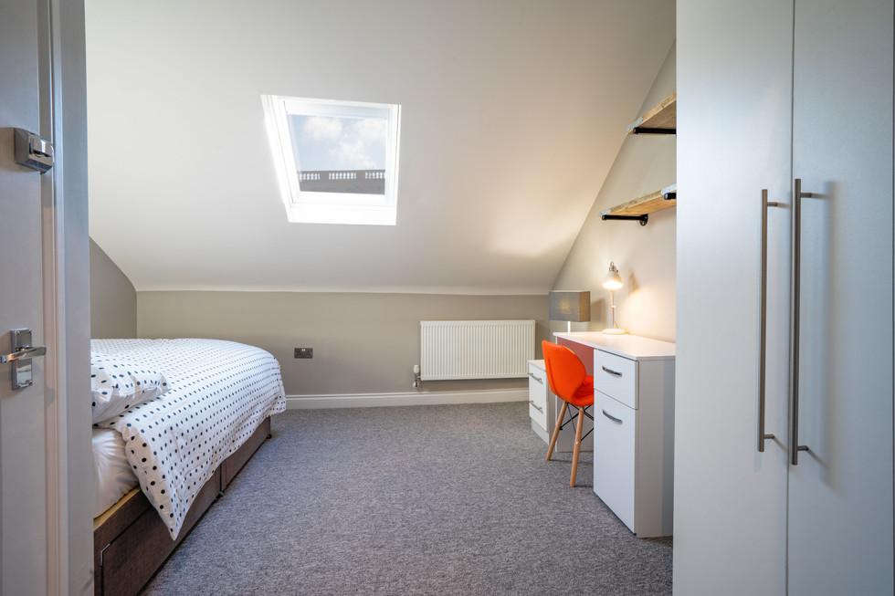 bedroomD.jpg