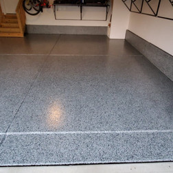Garage in Durham NC finished in Tuxedo flake color