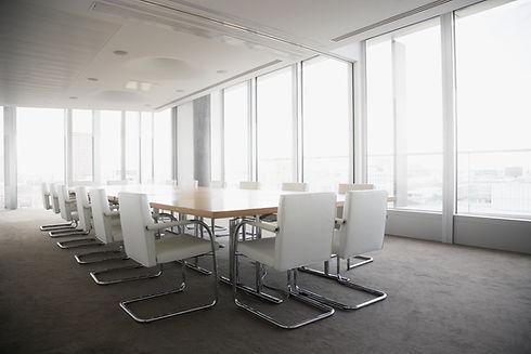 明亮的會議室