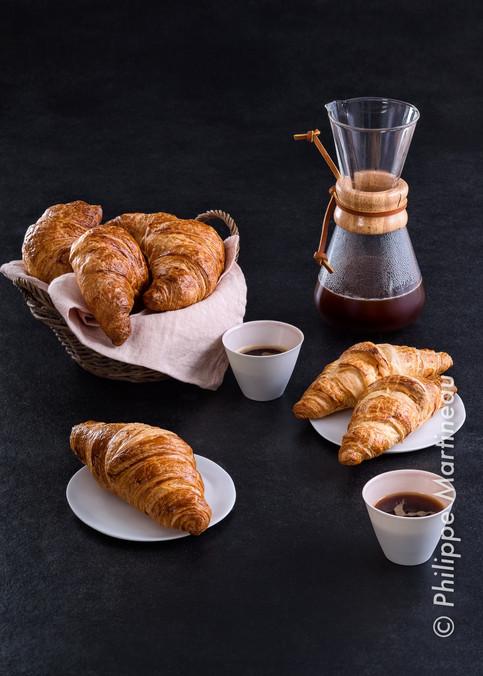croissants et café