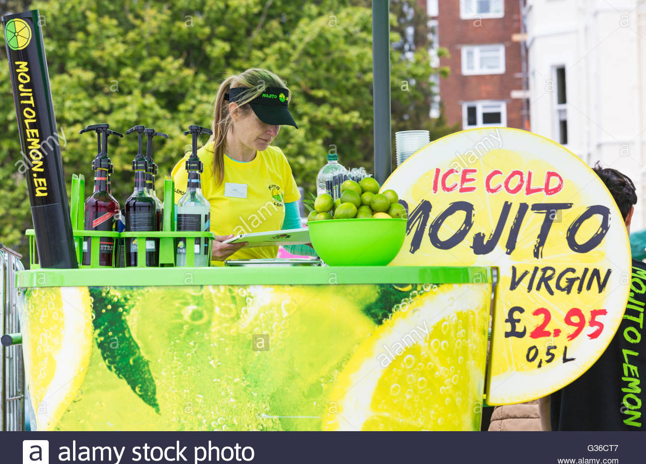 mojito-lemon-stall-at-bournemouth-wheels