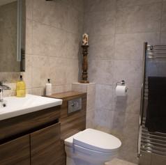 Pheasant Bathroom Hollowcombe Cottage