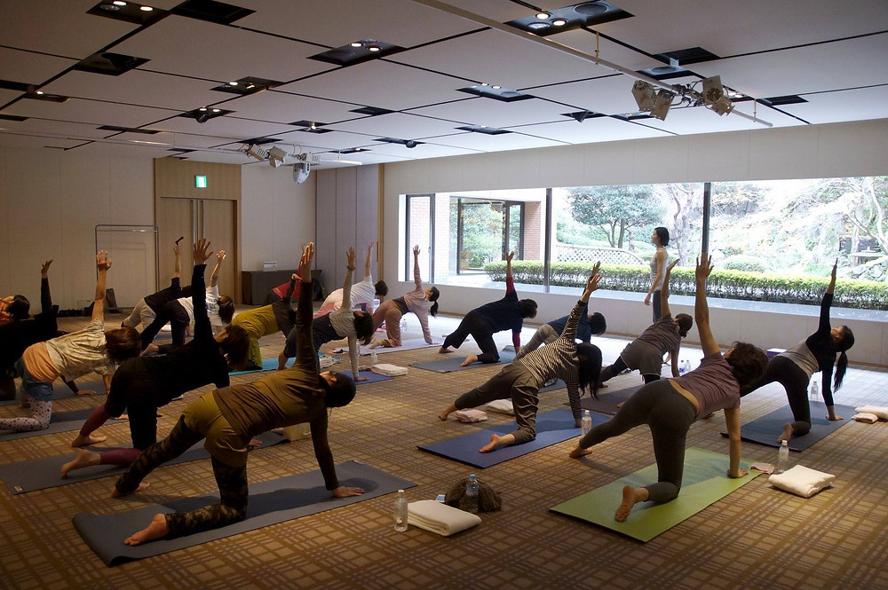 Xmas Yoga & Lunch 2014.jpg