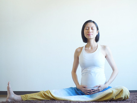 Prenatal Yoga: What You Need to Know マタニティヨガ: あなたに知ってほしいこと