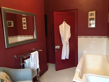 Family Bathroom 2.JPG