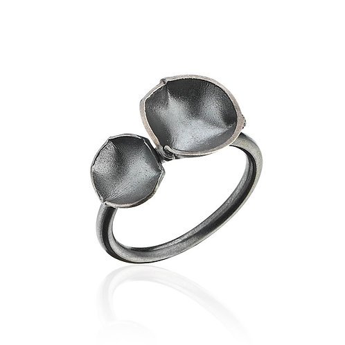 Flora Oxidized Silver Ring