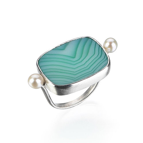 Green Agate Ring with Pearl