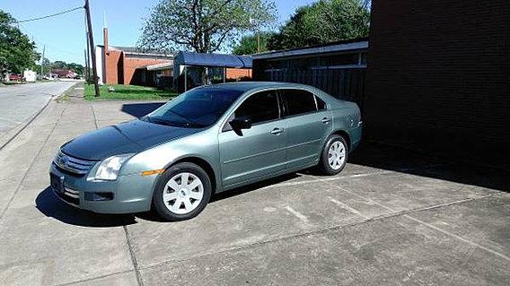 used cars   2006 Ford Fusion SE V6