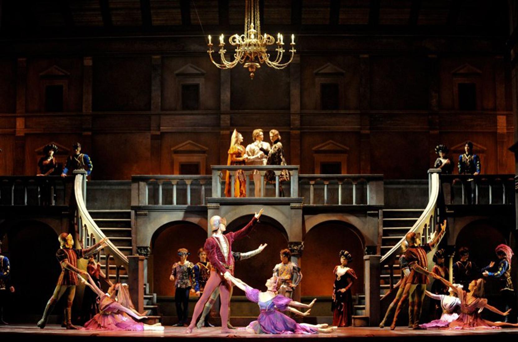 Romeo & Juliet-Tokyo