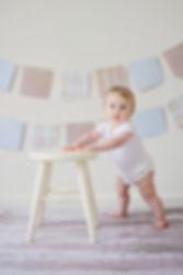adorable-baby-blur-459976.jpg