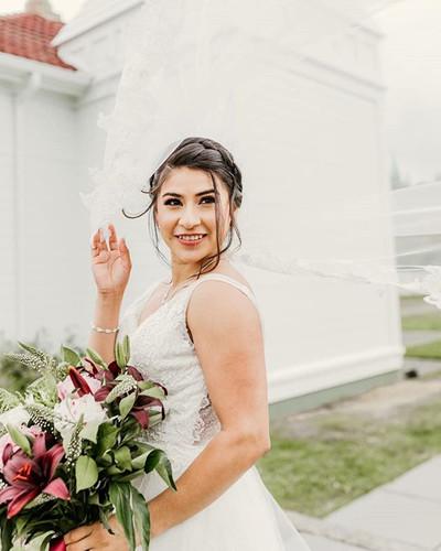 Esmeralda and Jordan's wedding was full