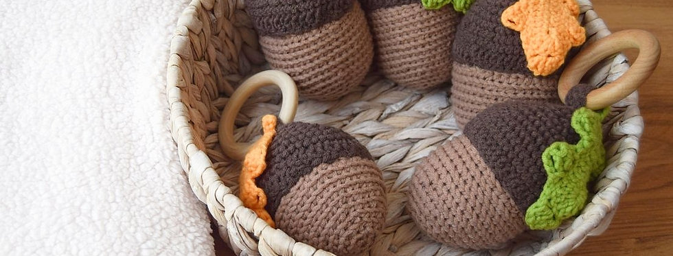 "Teether-Rattle "" Forest acorn """