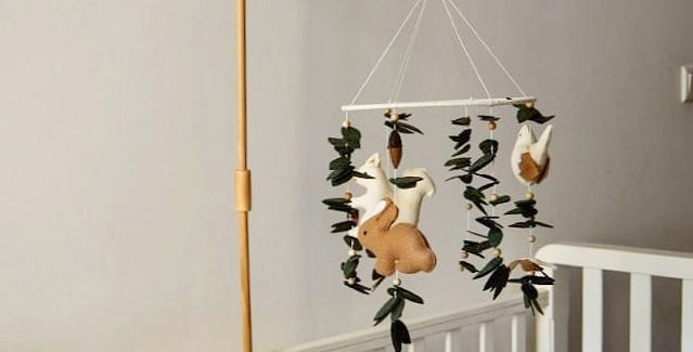 Wooden Holder for baby mobile