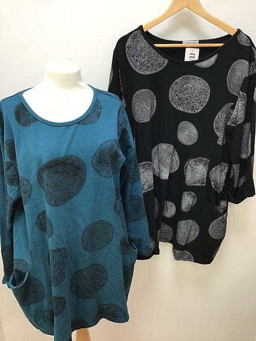Italian Circle Finger Print Top with Pockets