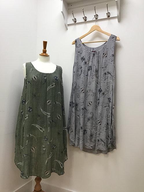 Italian Paisley Print Sleeveless Dress