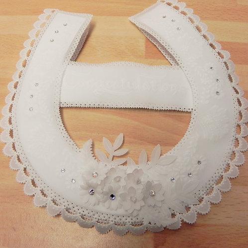 Local Arts & Crafts - Pergamano Horseshoe Keepsake
