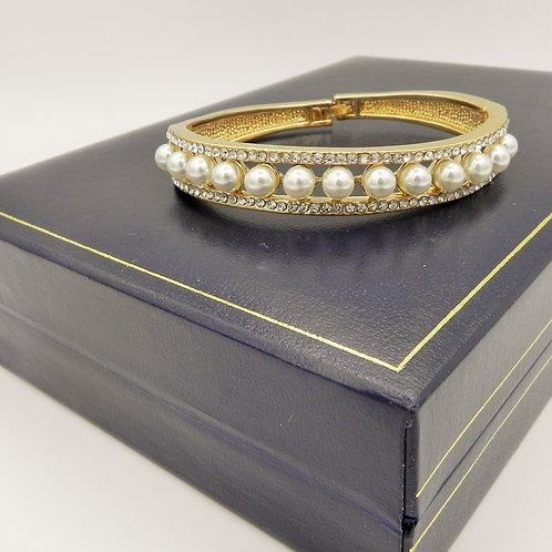Full Pearl & Diamante Bangle - GDP4