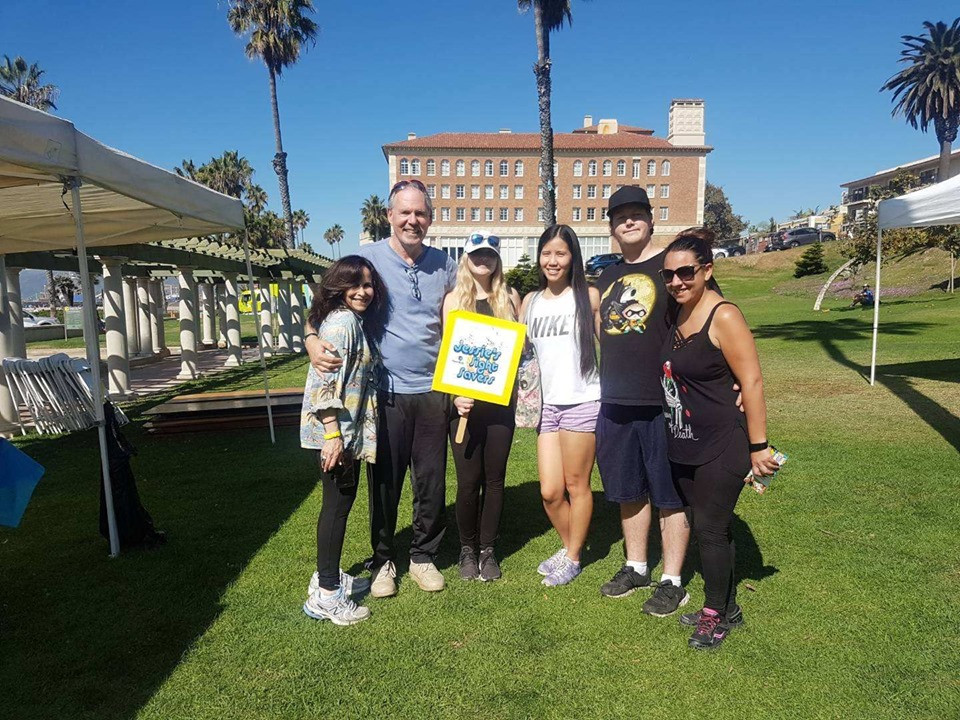 Fred & family and Huyen from our office at the LA Vision walk to fight blindness and benefit the Foundation Fighting Blindness