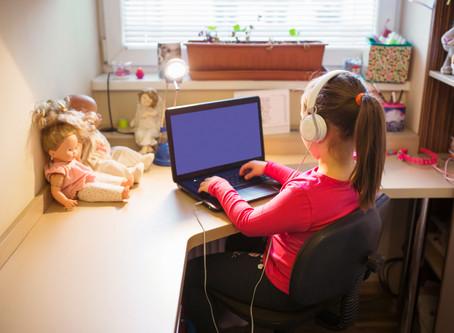 """""""Parlare di sessualità ai bambini da dietro uno schermo, è possibile?"""" (di Alessandra Leone)"""