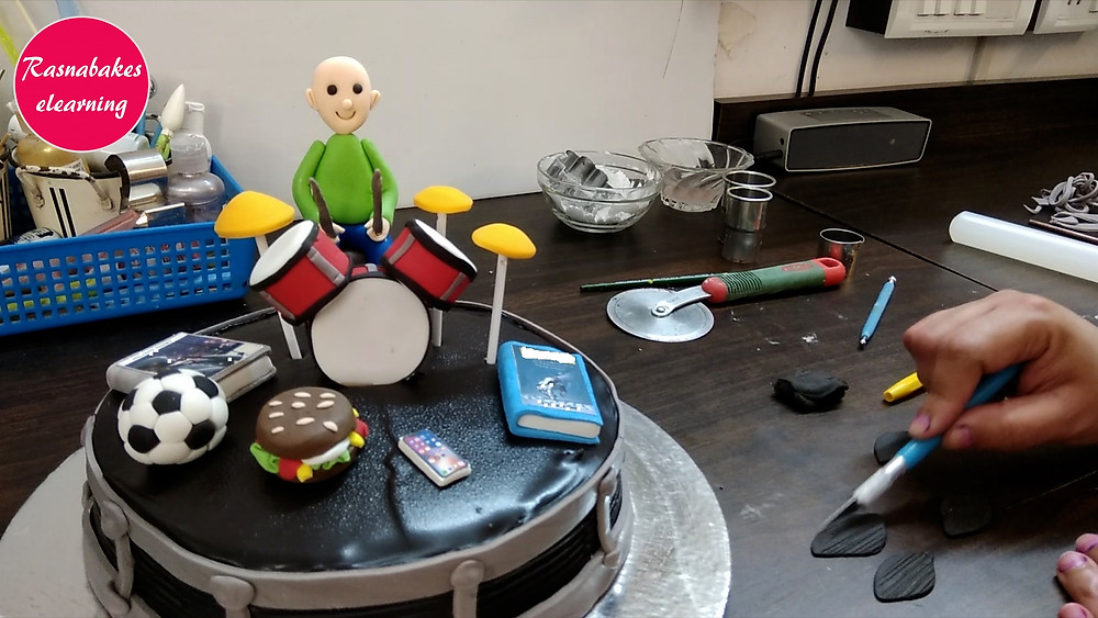 Drums cake decorating designs