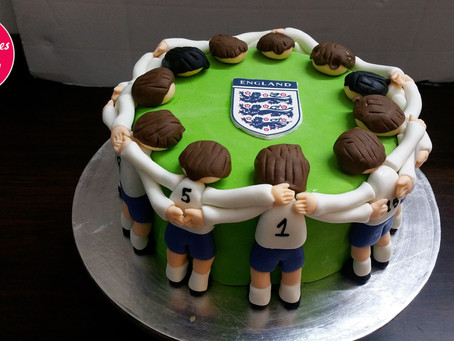 Footballer cake design step by step decorating method and tutorial