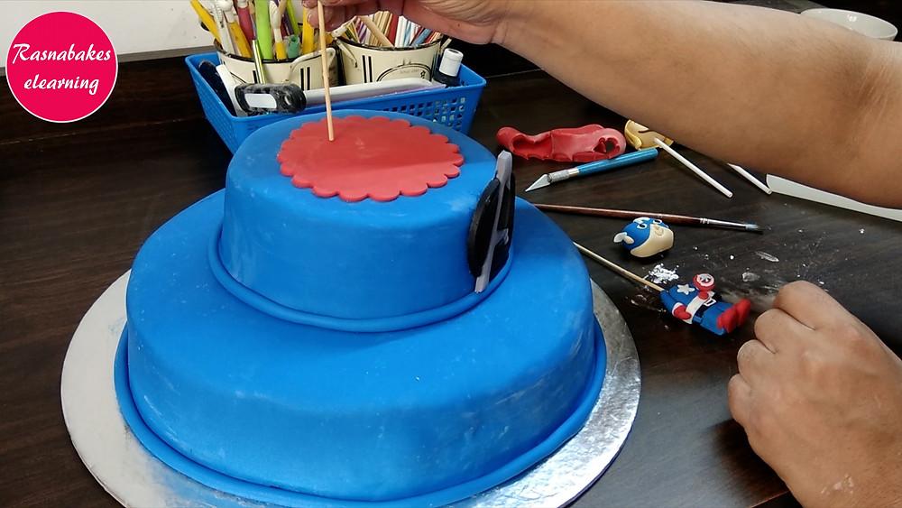 easy homemade cake decorations  avengers cake