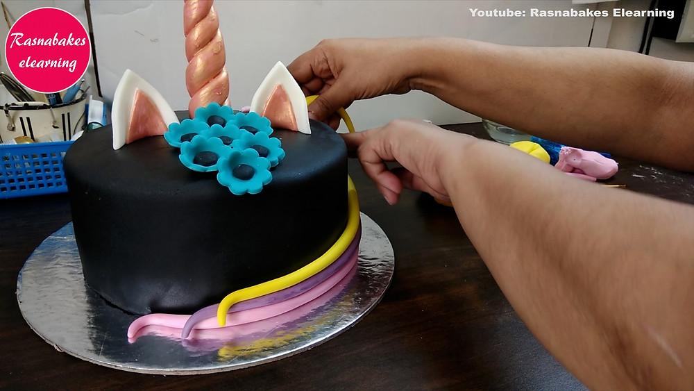 easy homemade cake decorations