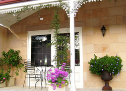 Charming Colonial Sandstone Cladding