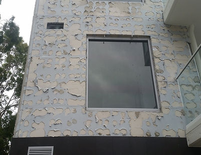 Serious faulty stone cladding adhesion problems results in thousands of dollars of reparation. Direct fix stone cladding and siding problems, poor siding installation, fixing stone cladding, installing stone cladding, wall cladding faults, siding faults, siding problems, wall siding problems, water penetration, poor siding installation, poor stone walling installation,