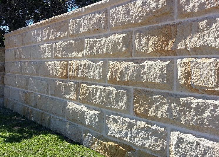 Building a sandstone garden wall fence - RockFace