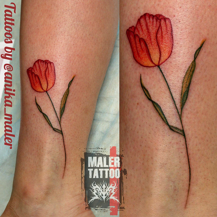 Tulip 🌷 for beautiful Marina @mb_196 by me in @malertattoo #татуекб #татумастер #созидание #творчество #випшейдинг #art #tattoo #tattoowork #tattooartist #hawkpentattoomachine #cheyanne #tattoolife #tulip🌷 #malertattoo #anikamaler #вместемысила #ростиразвитие #слюбовью