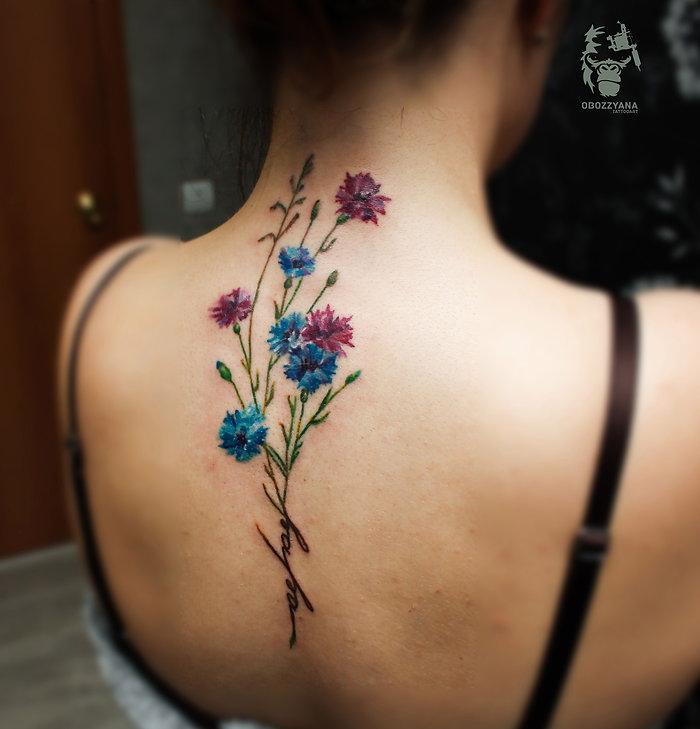 Первая татуировка для Марии. Очень люблю васильки)  #tattooartist #art #artwork #bohemianartist #tattoo #мастертату #арт #рисунок #тату #эскизтату #sketchtattoo #tats #tattoos #tattooing #tattooist #tattoomodel #drawing #tattoodesign #tattooart #tattooflash #flashtattoo #tattoolife #ink #like4like #tattoolife #tattooekb #follow4follow #татуекб #татуекатеринбург #flowers