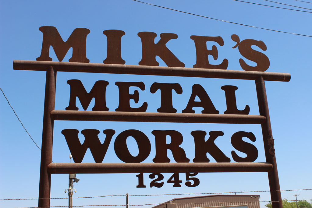 Mikes-Sign.jpg
