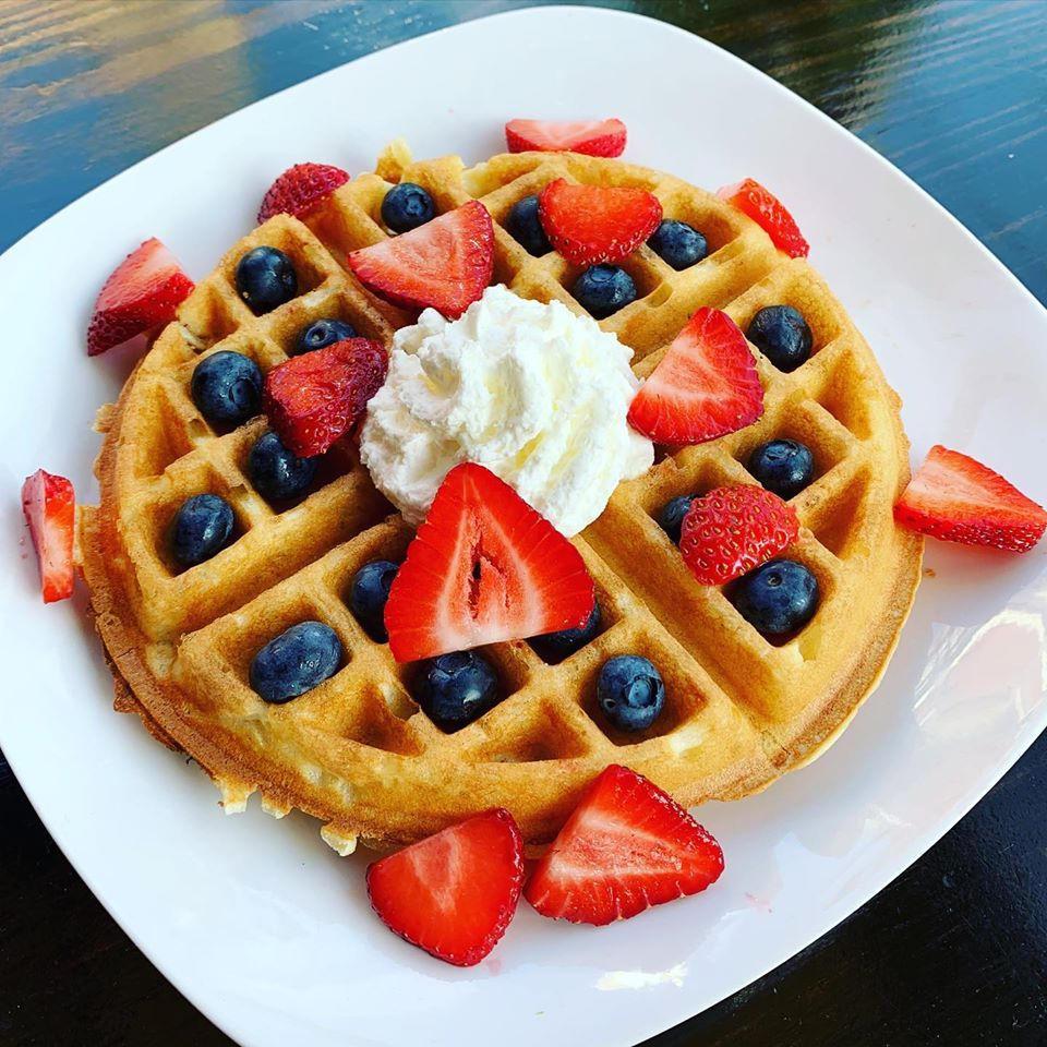 burley market fruit waffle.jpg